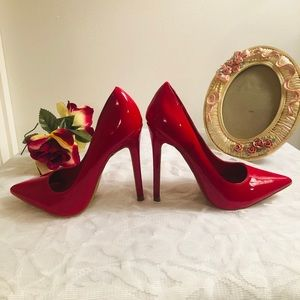 Candy-Apple Red Pumps
